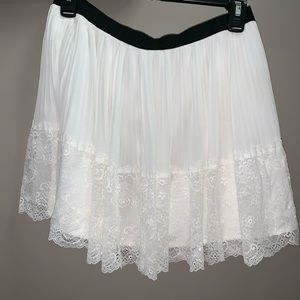 White Pleated skirt with Lace